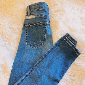 TopShop Skinny Jeans size 0 distressed